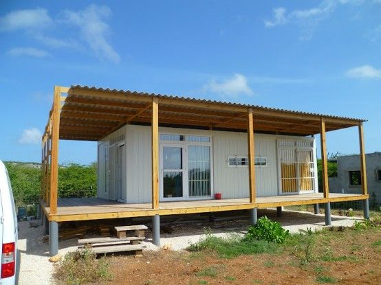 unique sea container homes : tropical shipping container house