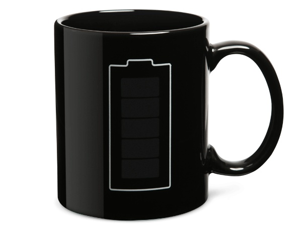 Taza térmica que mide tu café como una batería en http://monkeyzen.com