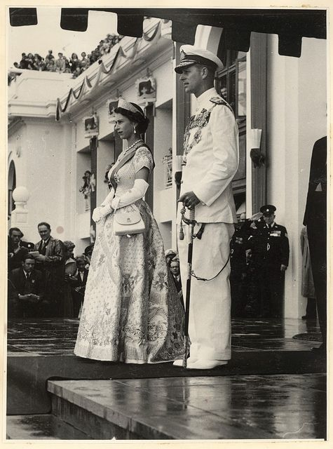 Her Royal Majesty Queen Elizabeth II and His Royal Highness The Duke of Edinburgh standing on front steps of Parliament House, Canberra 1954 | #QEII #monarchy
