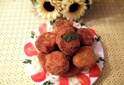 Zöldbab fasírt recept képpel. Hozzávalók és az elkészítés részletes leírása. A zöldbab fasírt elkészítési ideje: 60 perc