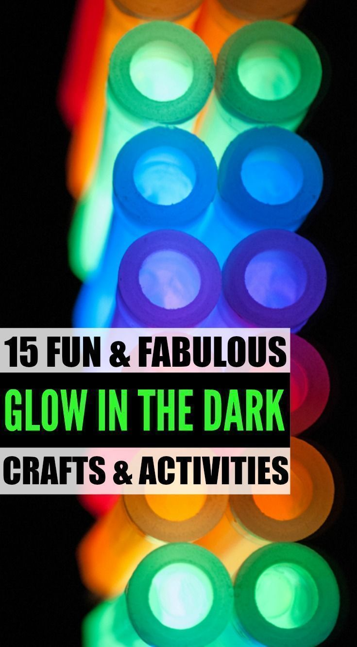 Looking for cool and crazy glow in the dark crafts and activities for kids? Look no further. From an awesome glow in the dark ice and salt experiment to glow in the dark water balloons, we've got 15 easy DIY projects and ideas to keep you and your little ones entertained for hours. Who says the dark needs to be scary, anyway?!