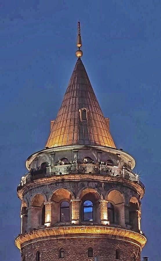 Galata Kulesi, İstanbul. TORRE DE GALATA - ESTAMBUL
