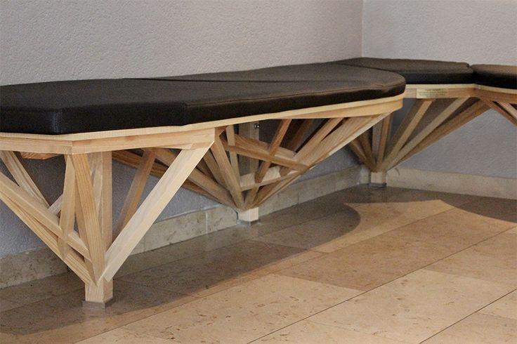 Banquette Compagnon, design Anja Clerc (Projet sur-mesure, partenariat avec les Compagnons du devoir de St-Etienne)