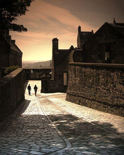 Uptown Alley - Edinburgh Scotland