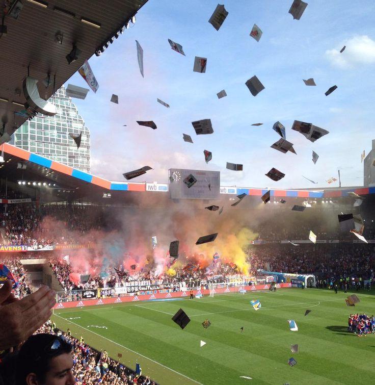 Wenn das kein #footballmoment ist! Gratulation FC Basel 1893 zum 18. Meisterschaftstitel und dem 6. in Folge! #fcblive