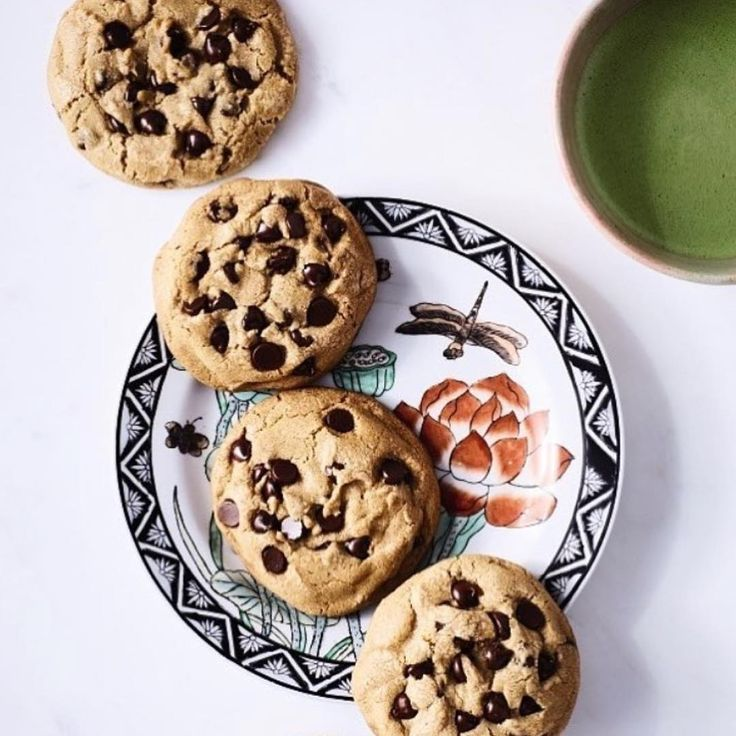 Matcha and Browned butter chocolate chip cookies! Recipe in my book #cookingwithzac