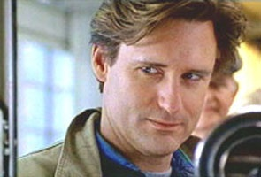 Bill Pullman  in  while you were sleeping with Sandra Bullock