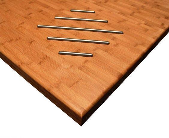 Diese Karamell-Bambus-Arbeitsplatte wurde von unserem Team nach Kundenwunsch bearbeitet, um einen Herdausschnitt und ein diamantförmiges Topfgitter zu integrieren: http://www.worktop-express.de/holzarbeitsplatten/arbeitsplatten-karamell-bambus.html