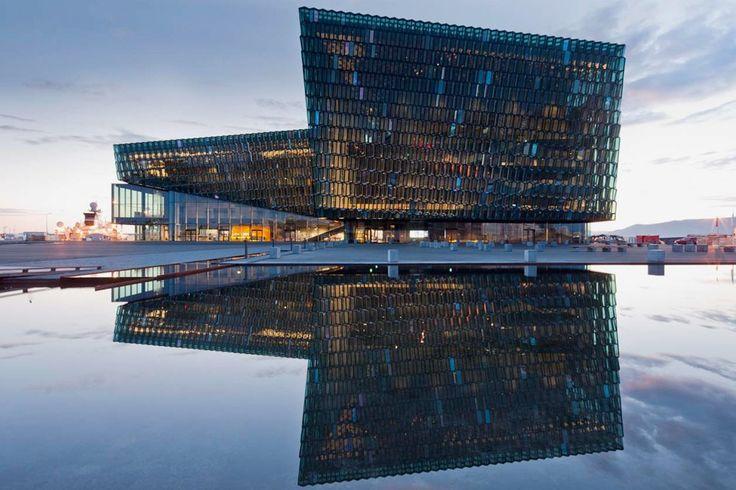 """Рейкьявик, Исландия. Концертный зал """"Harpa""""/ Архитектор: Хеннинг Ларсен"""