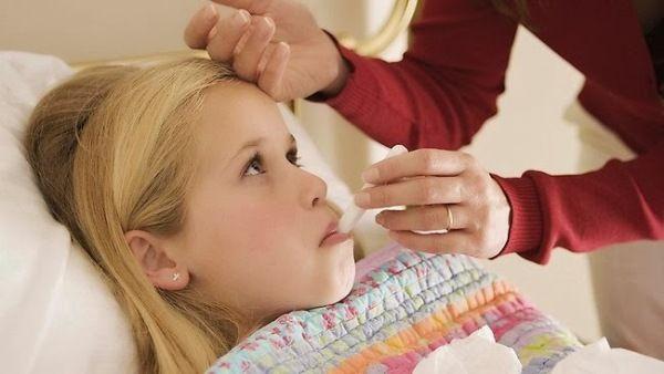 Kiat Hadapi Anak Demam yang Efektif dan Praktis