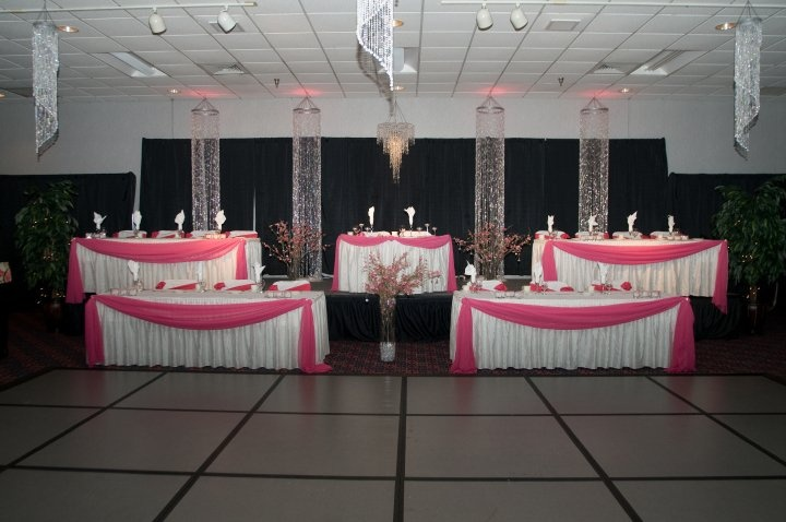 Sweetheart Table Vs Head Table For Wedding Reception: 43 Best Images About Head Table Vs Sweetheart Table On