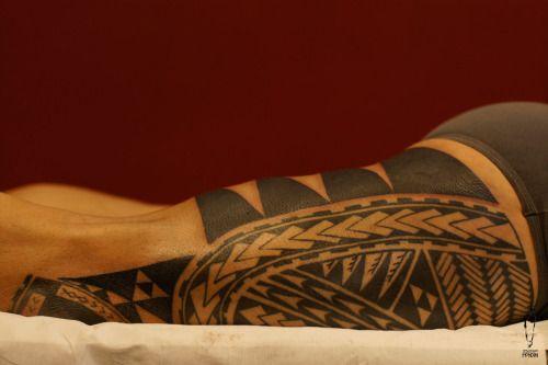 """PrimitiveMangherini #sebastianomondini #modernprimitive #primitive #polynesiantattoo #legtattoo #polynesianlegtattoo  #modernprimitive #mp #sebatattoo #sebatattoobologna #tattoobologna #bologna  #tattoo #ink #inked #bodyart """"modern/primitive Piazza della Pace 8/B 40134 Bologna - Italia"""