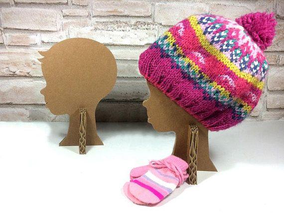 Kid Head display design, cardboard hat display stand, hair bands, headbands, fascinators, turban, cap, bandana, showcase craft booths www.etsy.com/bottegadicartone/listing/594748129  #Organization #Hangers #Clothing #Storage #KidHeaddisplay #headdisplay #design #cardboarddisplay #hatdisplay #stand #visualmerchandiser #hat #kidturbandisplay #showcase #kidstore #kidcapdisplay #hairbandsdisplay #fascinatorsdisplay #kidbandanadisplay #headbandsdisplay #kidcraftbooths