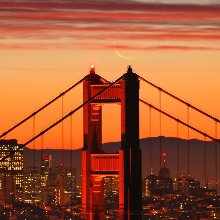 Goldie sunrise with a little baby  by @dellybean #sanfrancisco #sf