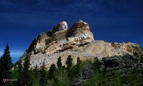 Мемориал Бешеного коня – #Соединённые_Штаты_Америки #Южная_Дакота (#US_SD) Крупнейший в мире мемориал, высеченный из цельной скалы. http://ru.esosedi.org/US/SD/1000085980/memorial_beshenogo_konya/
