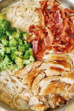 Creamy Broccoli, Chicken, and Bacon Fettucine | 21 Completely Genius Ways To Cook Boneless, Skinless Chicken Breasts