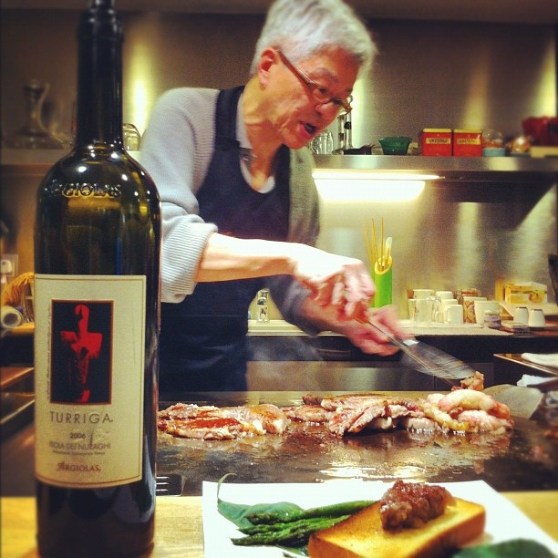 Argiolas wine tasting in Hong Kong: The chef prepares kagoshima beef  with Turriga