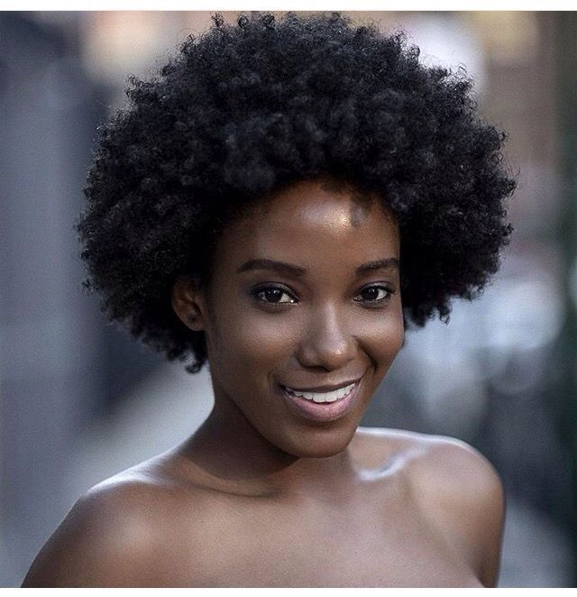 @shenikasworld shot by @islandboiphotography| kinky curly fro. Natural hair. Highly textured hair. ||