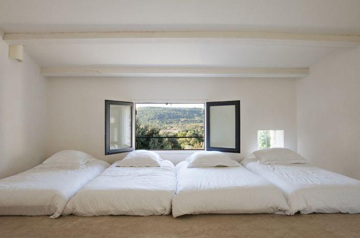 Des chambres d'été élégantes et lumineuses