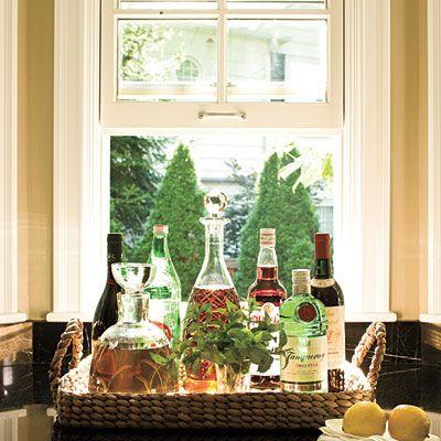 .: Window Bar, Decor Ideas, Home Interiors, Crystals Decanter, Bar Trays, Home Bar, Bar Carts, Interiors Decor, Small Bar