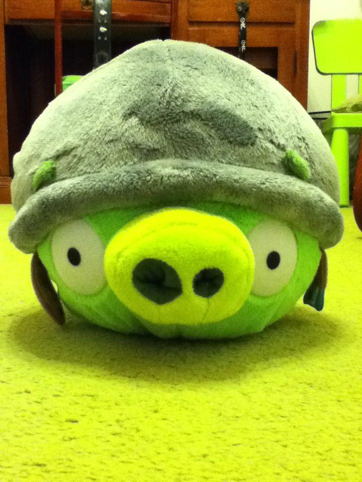 Angry Birds Helmet Pig