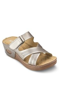 Casual Wedge Sandals from Spiffy in grey_1