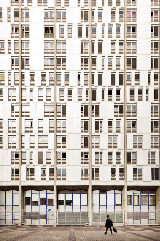 Photos of 1970s Parisian architecture by Samuel Gazé