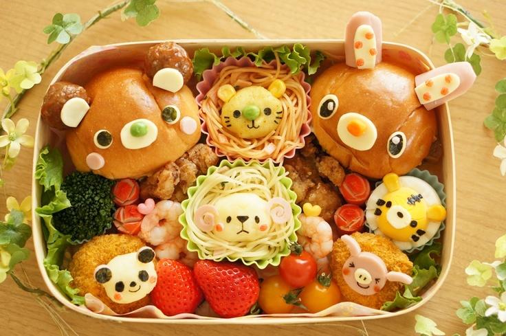 Miki's pasta bento. One of our TOP 20 Finalists. Japan  パスタ弁当ということで、シリコンカップに入れたパスタに マッシュポテトの顔をのせて、ライオンとひつじに見立ててみました。 ロールパンのサンドイッチだけでなく、それぞれのおかずも動物に変身させています。 春らしく、ピクニックに持っていけるよう、ふたを開けた時にみんなが笑顔になるような 楽しい雰囲気のお弁当に仕上げてみました。