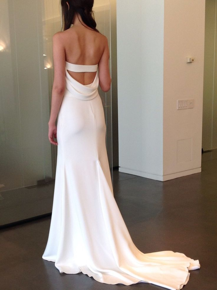 Vera wang odelle 2015 back bridal dress pinterest for Price of vera wang wedding dress