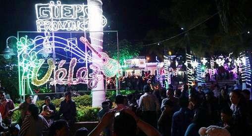 Bersoahoy: Alumbrado navideño y noche de las velitas