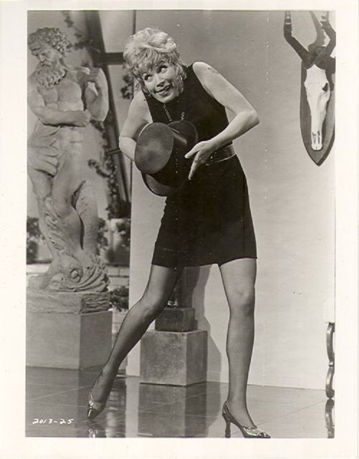 Sweet Charity, If My Friends Could See Me Now. Shirley MacLaine.