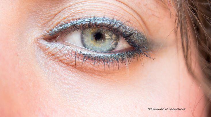 1000 id es sur le th me fard paupi res bleu sur pinterest maquillage maquillage des yeux et. Black Bedroom Furniture Sets. Home Design Ideas