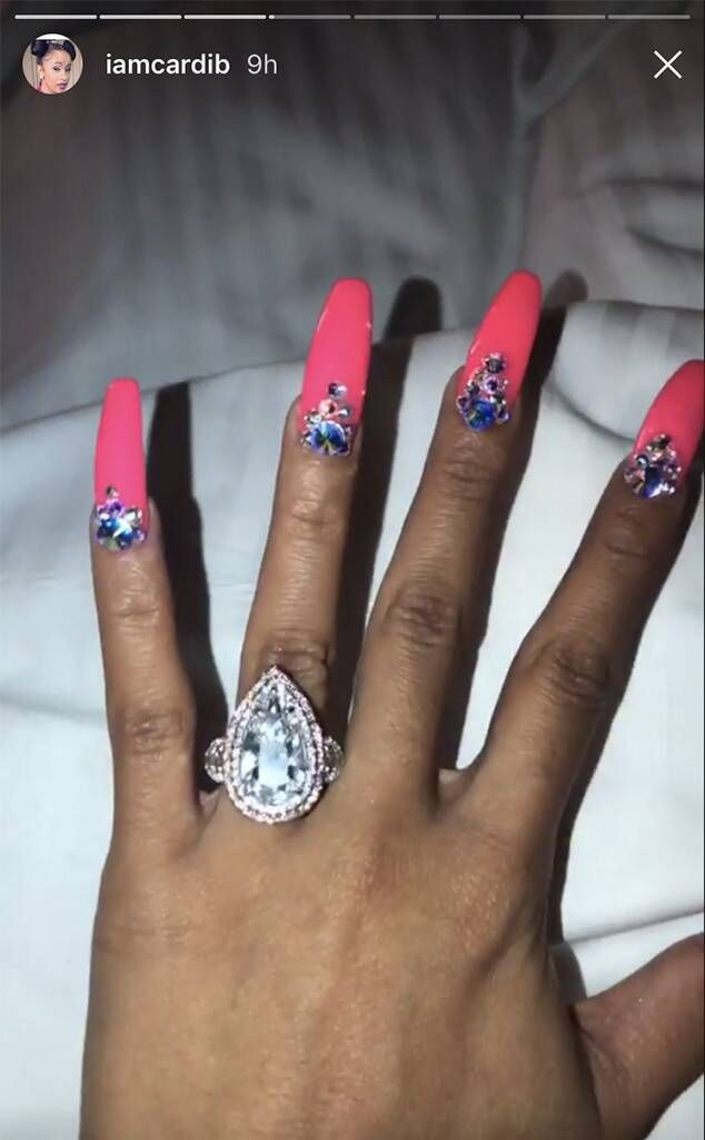 Cardi B Flashes Her Enormous 8 Carat Engagement Ring E News Cardi