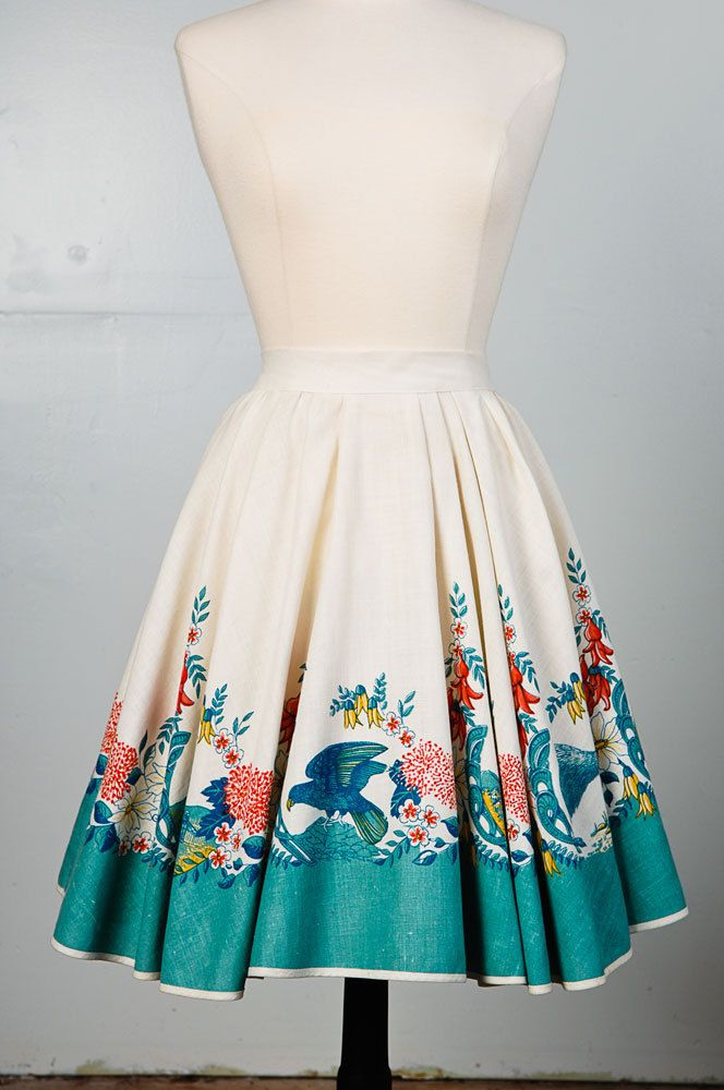 1950's Full Circle Skirt. I love this skirt, it is gorgeous!