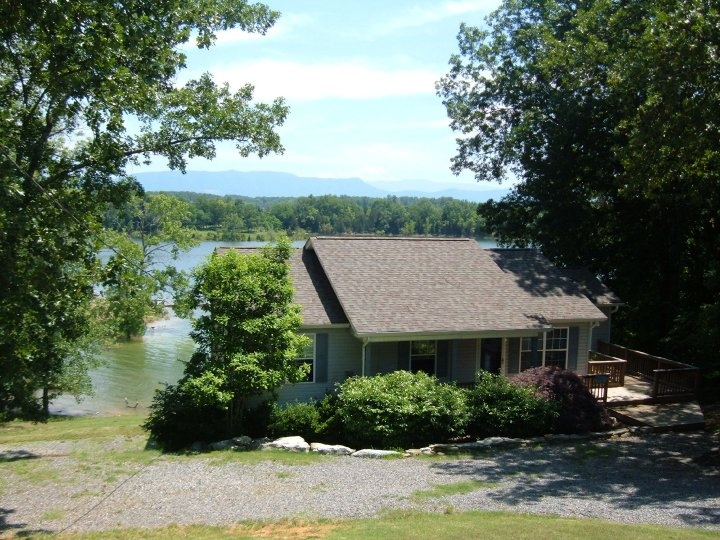 17 best images about douglas lake cabin rentals on for Tennessee cabins rental