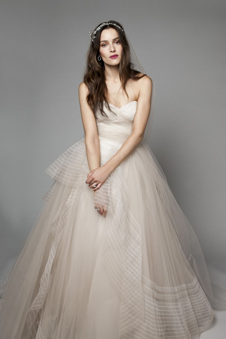Bliss Monique Lhuillier Sweetheart Ball Gown In Tulle This Features A Neckline With An Empire Waist It Has Chapel Train