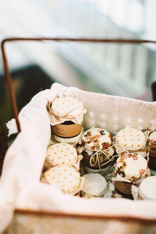 Gastgeschenke, selbstgemachte Marmelade, Honig, Hochzeit, essbare Gastgeschenke, Gastgeschenke zum Essen