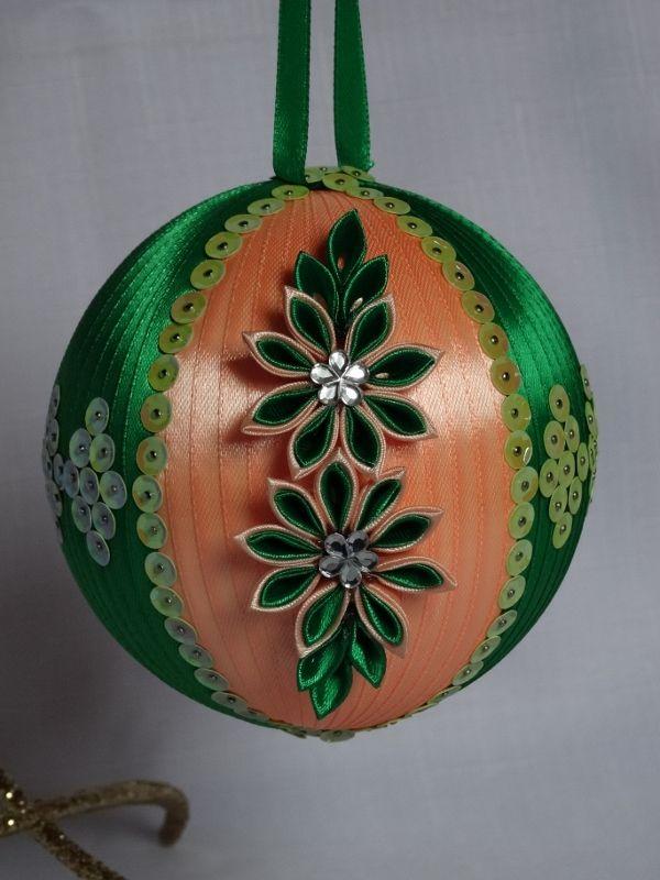 Łososiowo-zielona