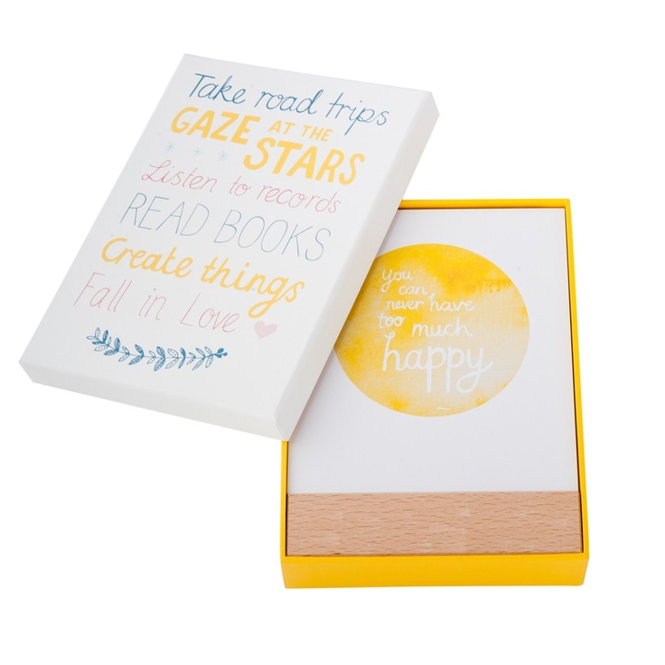 Quote Cards: Happiness. A collection of 12 happy quotes encouraging you to be grateful and work toward a happier everyday. Display the quote of your choice on the wooden stand provided and embrace the power of words. #happiness