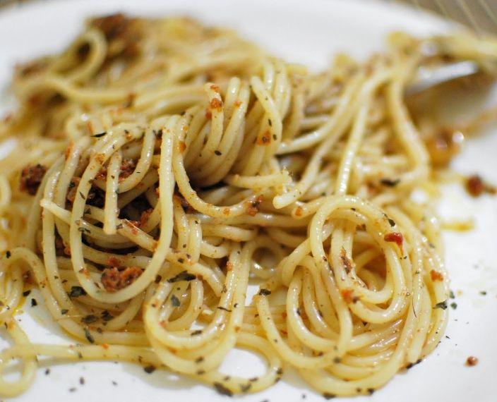 Espaguete ao Pesto de Tomate Seco