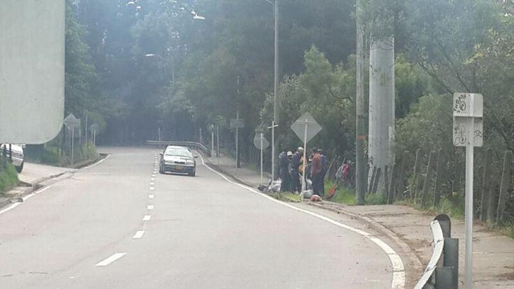 16-04-2014 Limpieza de la avenida Circunvalar.