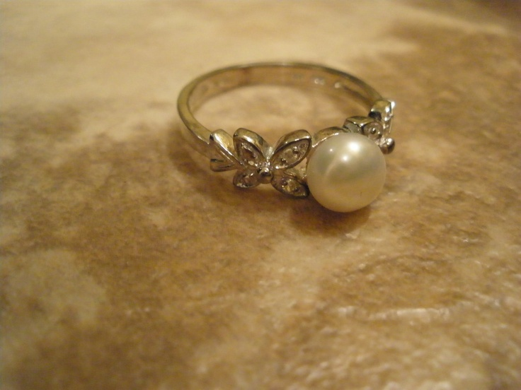 Sterling Silver Vintage Pearl Ring With Marcasite
