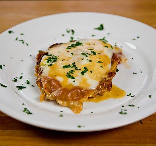 Cotoletta alla Bolognese (Veal Cutlets with Prosciutto di Parma, Fontina, and Cream)