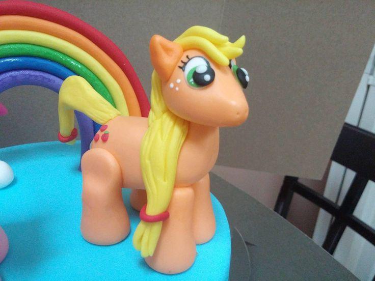 My Little Pony Cake Tutorial Part 2: How to make Applejack Fondant Cake ...
