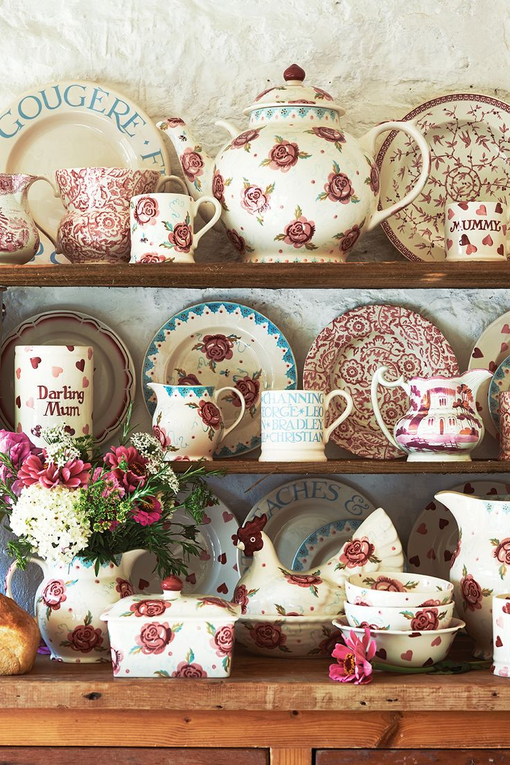 Pinks Dresser http://www.emmabridgewater.co.uk/icat/allpinks