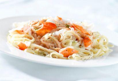 Fettuccine, sauce crémeuse au homard