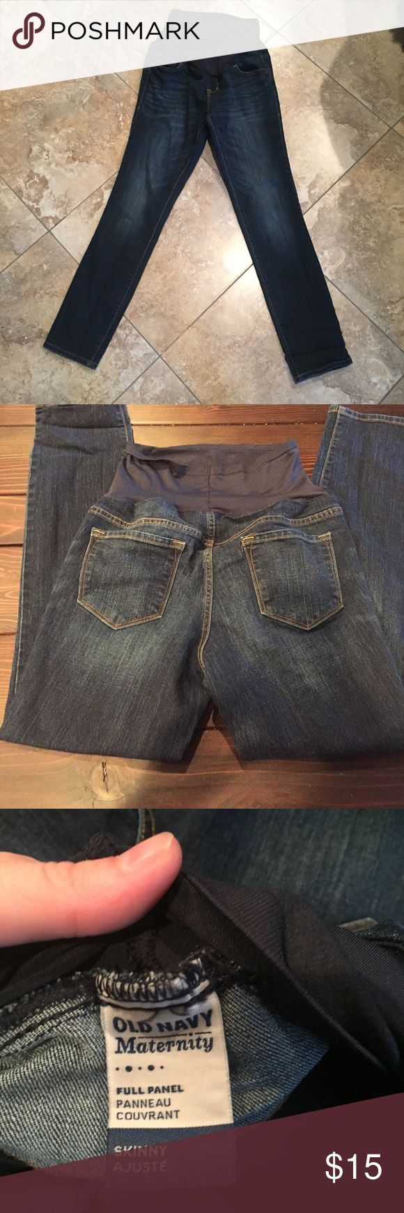 Old navy maternity jeans Old navy maternity jeans                                               🚫- No trades 🚭- Listings from a non-smoking home 📬- Fast shipping! 💌- Feel free to make an offer 💯- items as described, feel free to ask questions 🔎- Search my closet for other great listings 🛍- Happy Shopping!! Old Navy Jeans