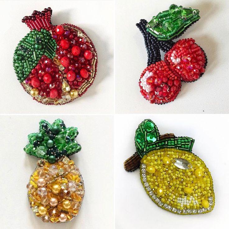 Вспомнила все свои фрукты И решила в ближайшее время сделать ещё пару новых #handmade #брошьлимон #брошьгранат #брошьананас #брошьвишня #брошьручнойработы #brooch #handmade_prostor