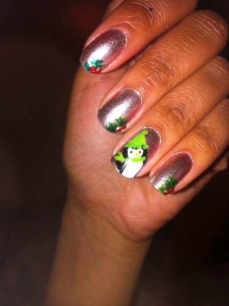 Penguin & mistletoe nails