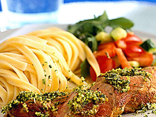 Helstekt kalvfilé med gremolata och tagliatelle (kock recept.nu)